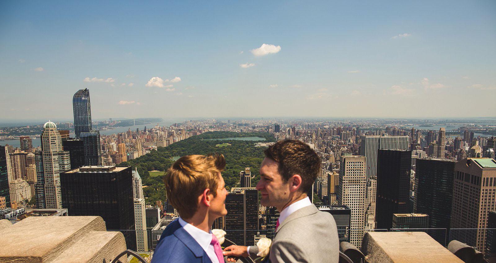 Wedding S New York City : Rockefeller center wedding in new york city