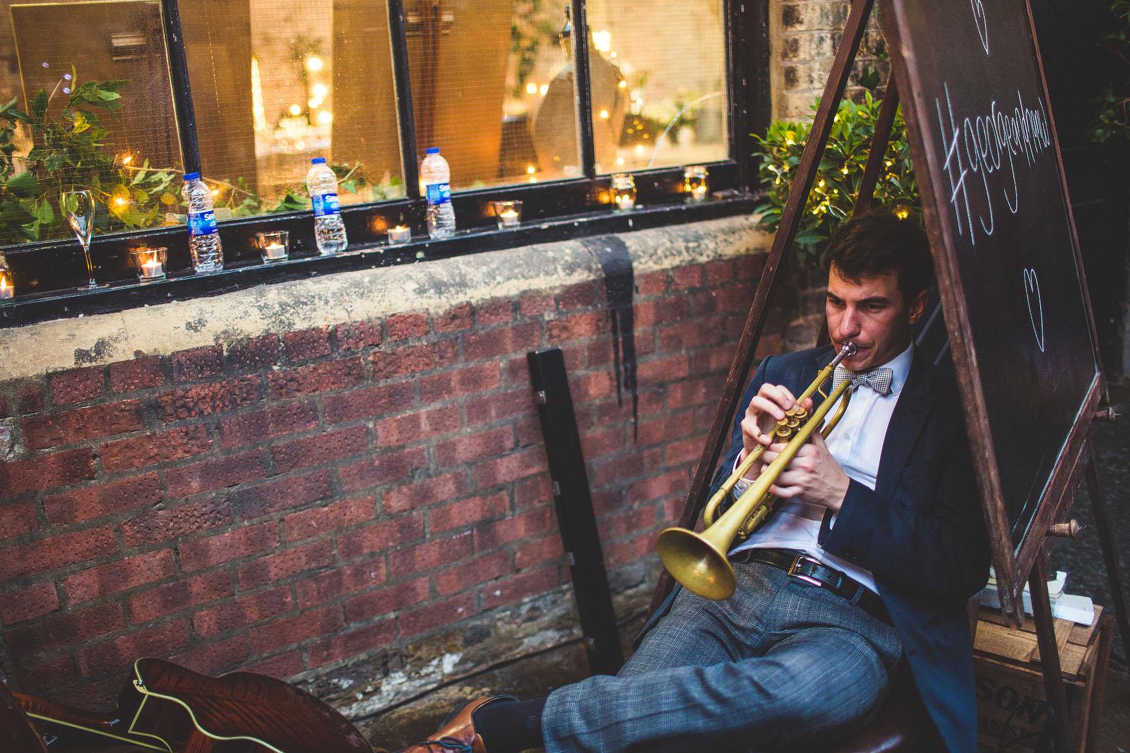 London wedding band1