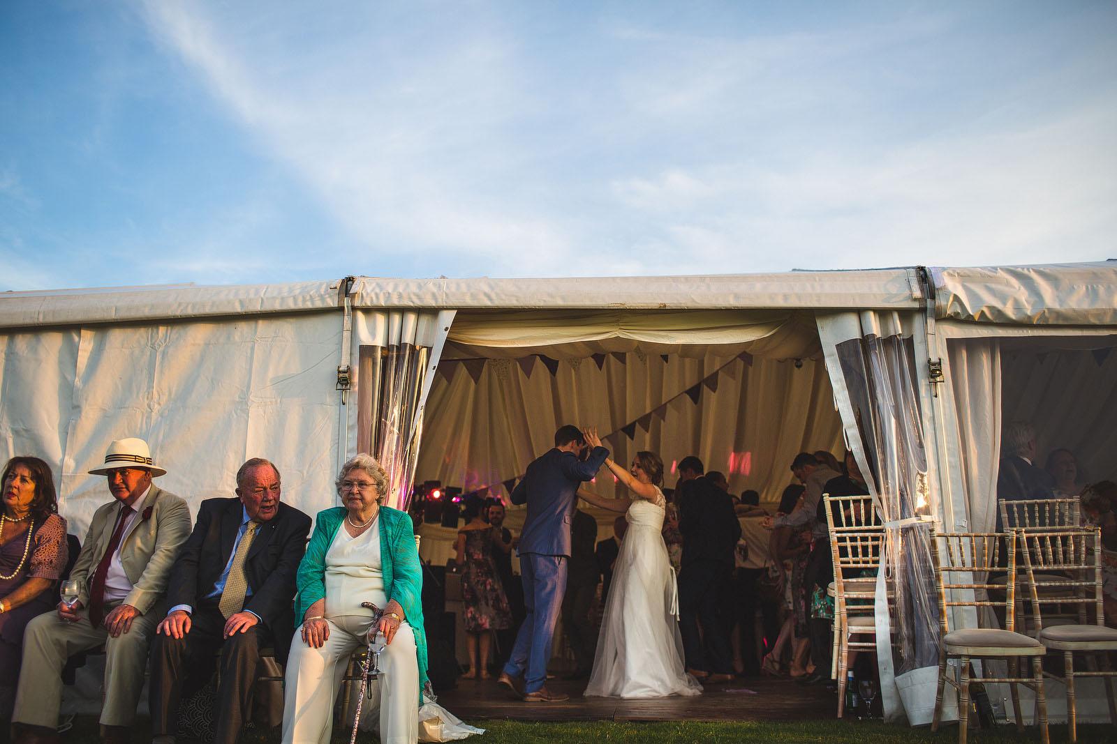 foxholes farm wedding1