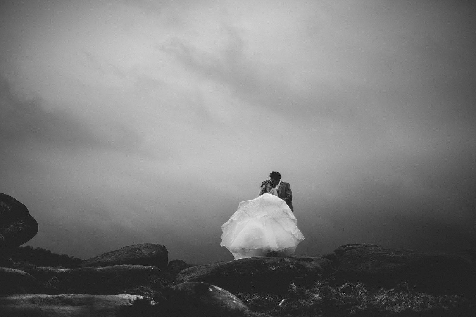suzanne neville wedding dress photos1