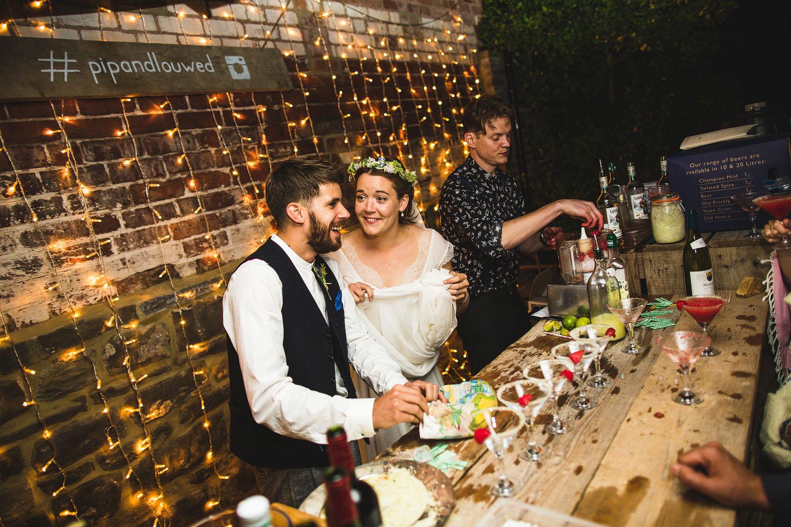 wedding bar1