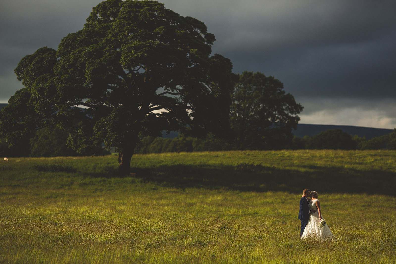 weddings at Devonshire arms1